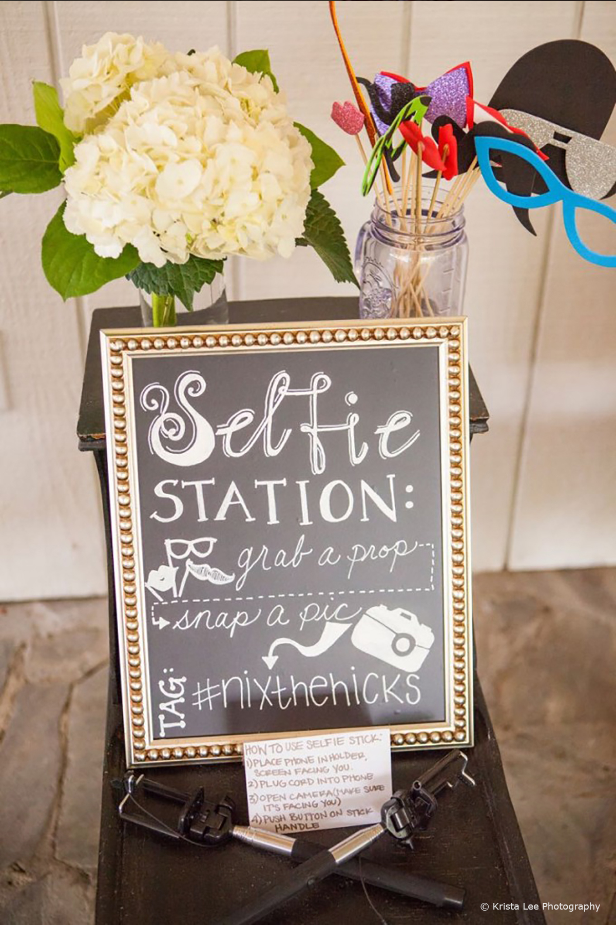 Wedding Entertainment Ideas - Photo Booth © Krista Lee Photography