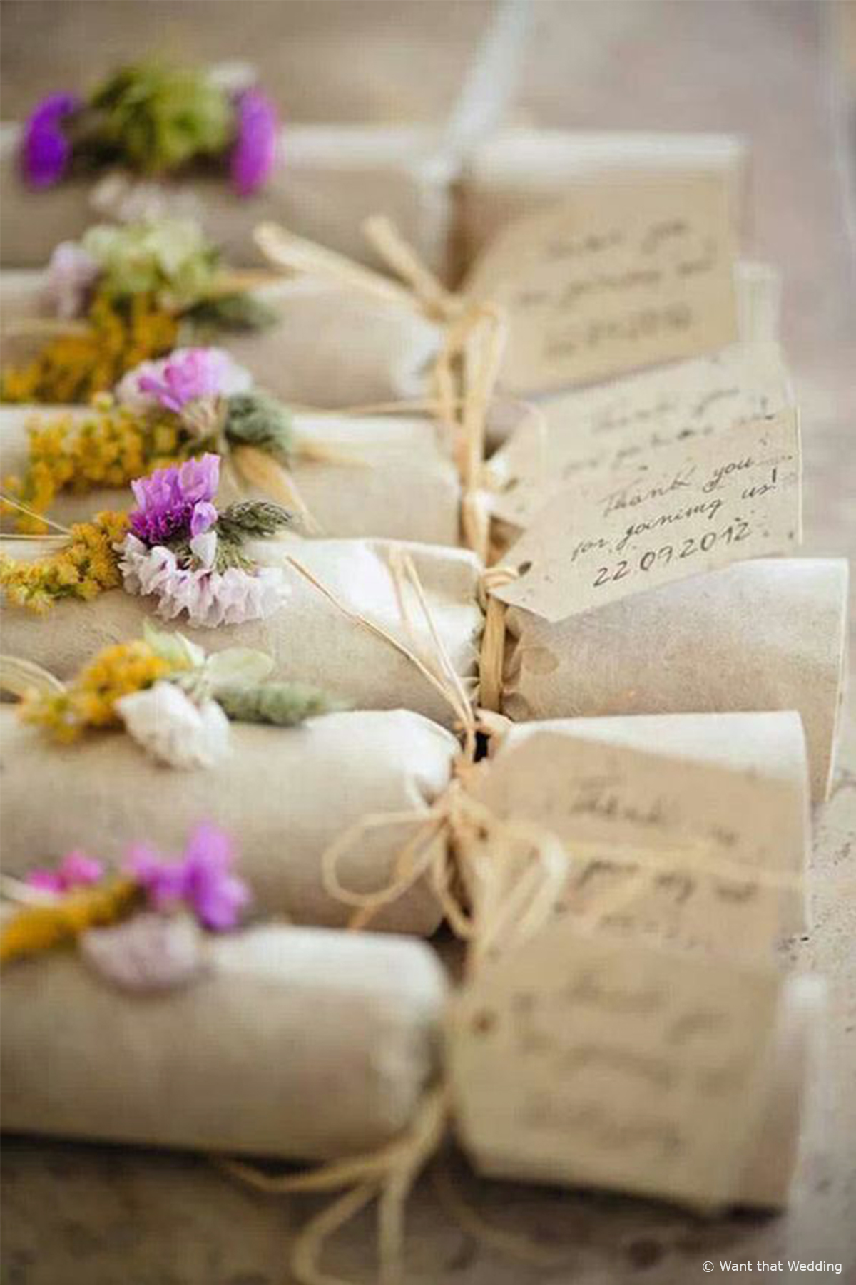10 of our Favourite Wedding Favours 2016 - Crackers