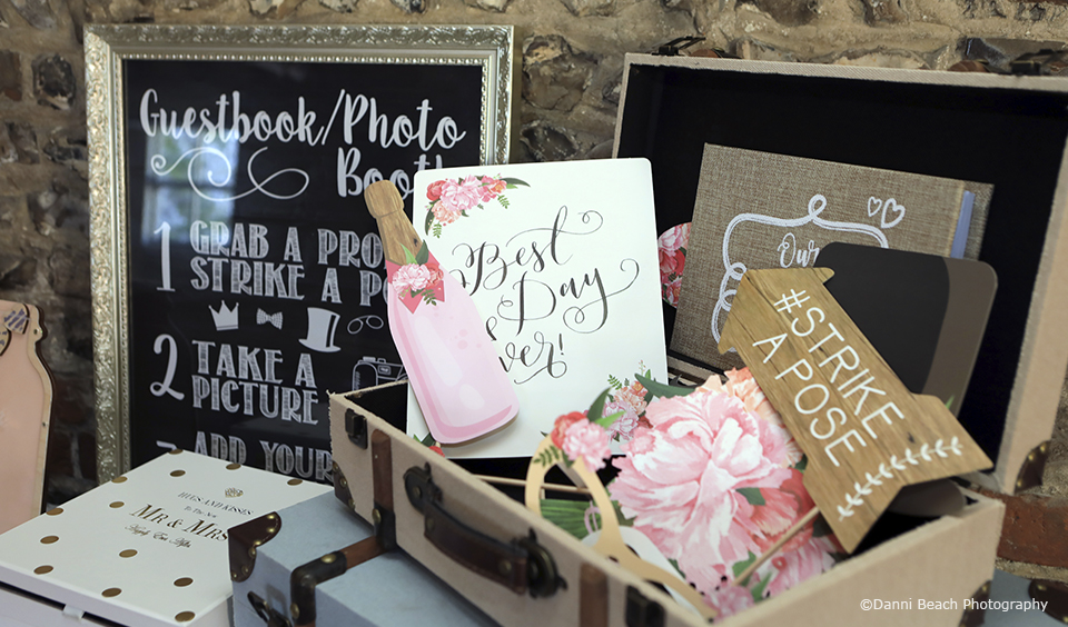 Photo Booth Ideas For Wedding Receptions